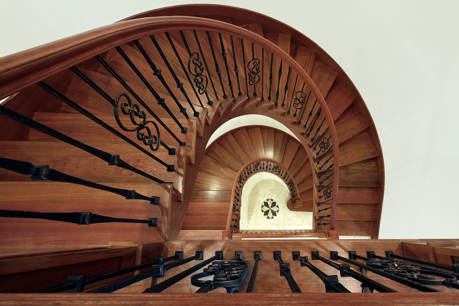 Best Spiral Staircase By Stair Parts Com Stairs Wood 400 x 300