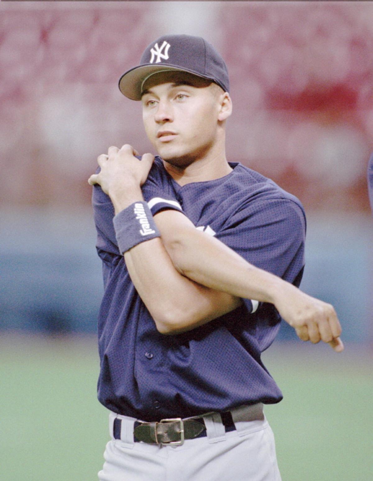 Derek Jeter Announces Retirement Photos Derek Jeter S Career In Photos Derek Jeter New York Yankees Baseball History