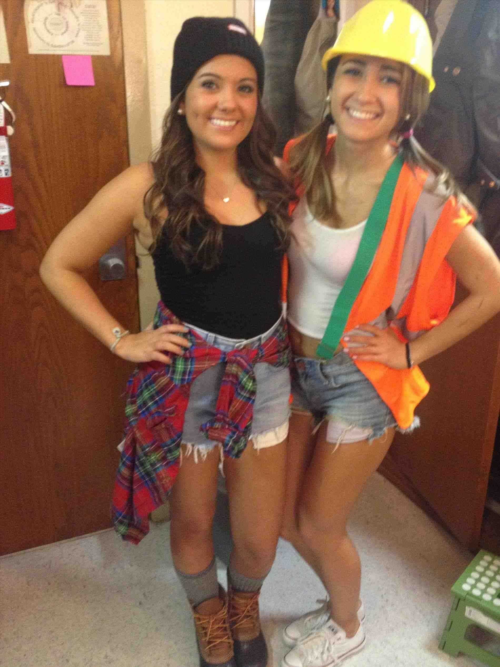 group halloween costumes for college girls