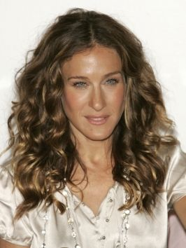 Sarahjessicaparkerhairstyles Layeredcurlyhairstyle Jpg 266 354 Curly Hair Styles Naturally Curly Hair Styles Hair