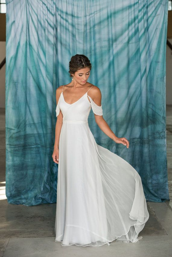 Modern Simple V-Neck Wedding Dress by PureMagnoliaCouture on Etsy ...