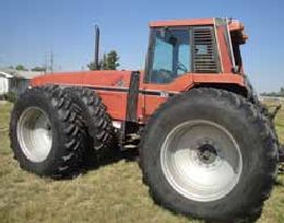 Pete's Pick of the Week: Rare IHC 7488 Tractor Sells for $71,000