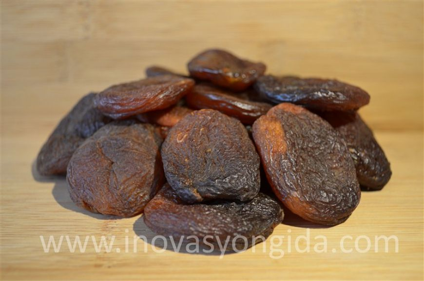 Natural Dried Apricots (Gün Kurusu Kayısı)   Origin: Turkey Packaging: 5, 10, 15 kg cartons are available to worldwide!   To request an offer, please fill out our offer form.