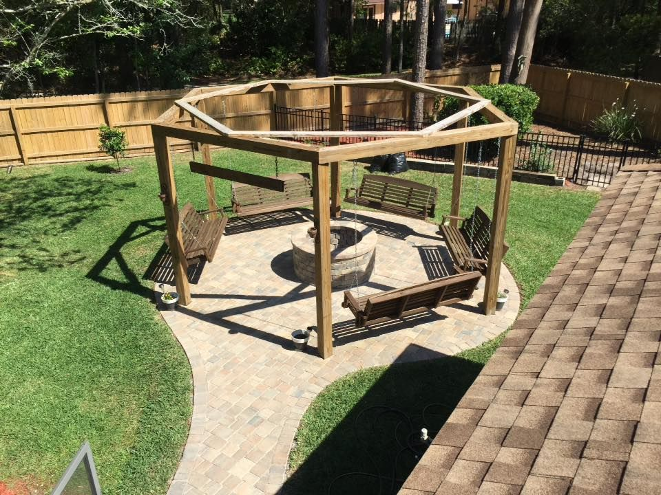 Tutorial For Round Pergola With Swings And Fire Pit Featured On