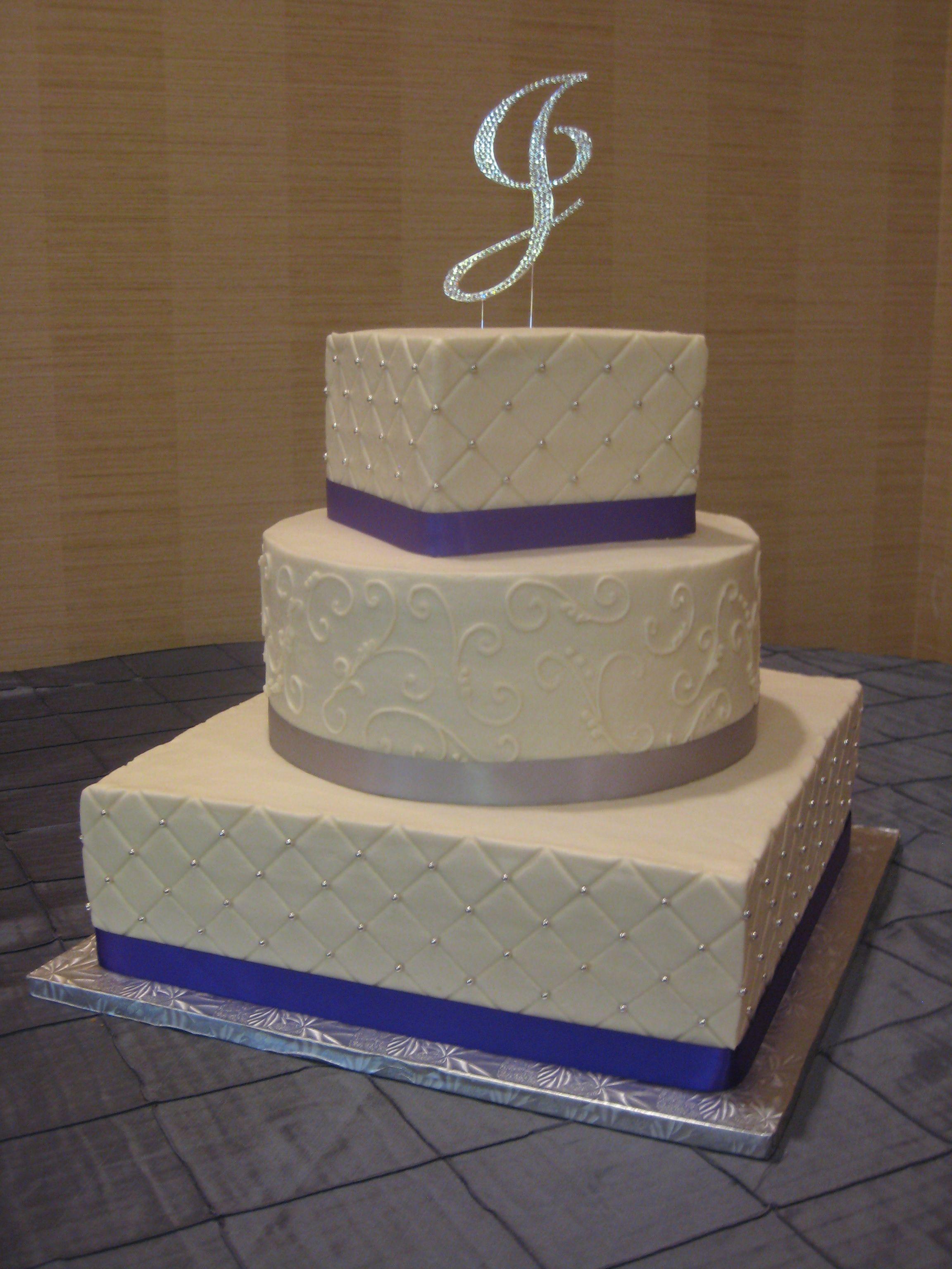 3tier square and round wedding cake with diamond