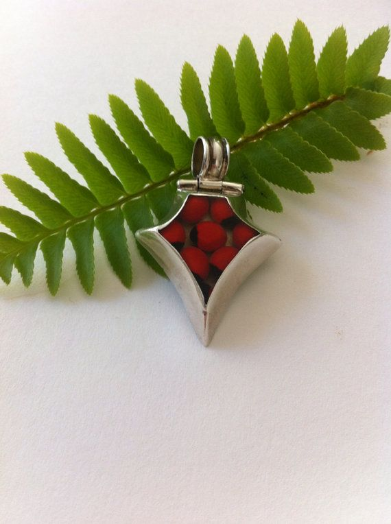 Sterling silver pendant / vintage late 80's  by LoreNovedades