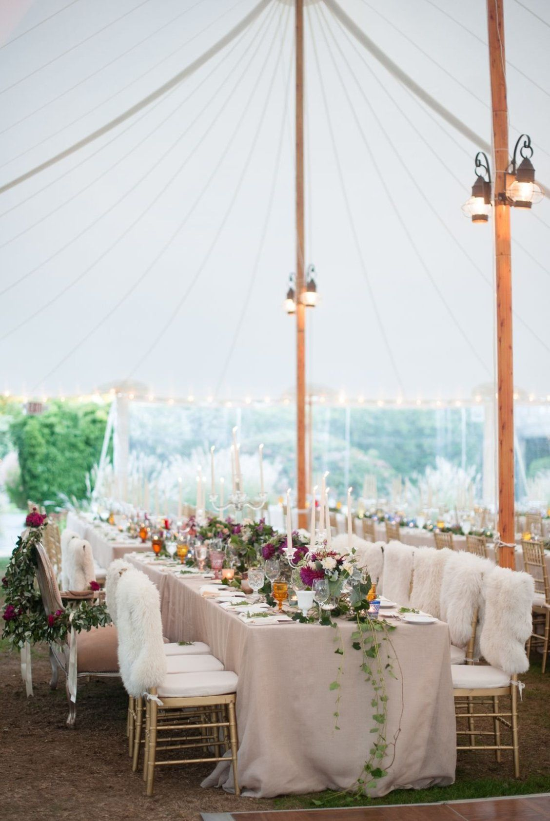 10 Awesome Outdoor Wedding Trends Outdoor wedding, Tent