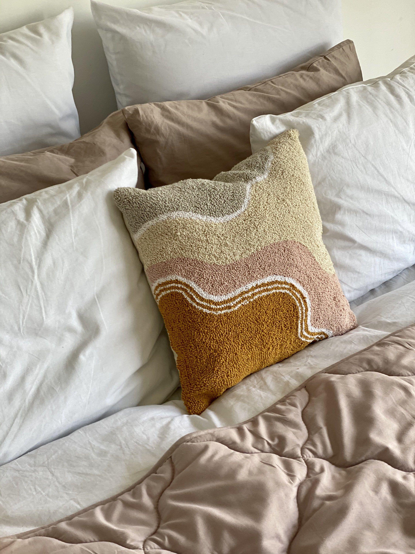 Body meditation boho reading book pillow 15.7*15.7 Inches