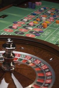 how to build a roulette wheel