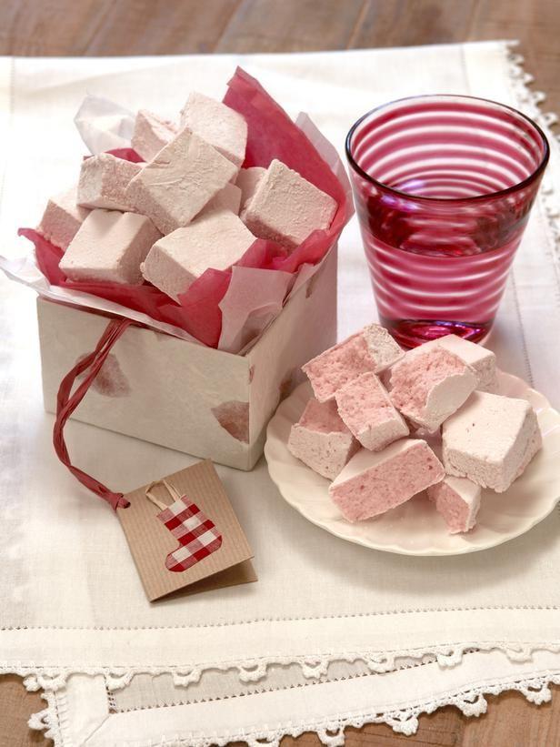 45 Homemade Holiday Food Gift Recipes #marshmallowtreats