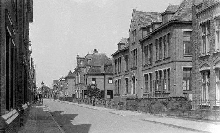 Pin van Jnijenhuis op Oud Meppel Foto, Foto's, Straat