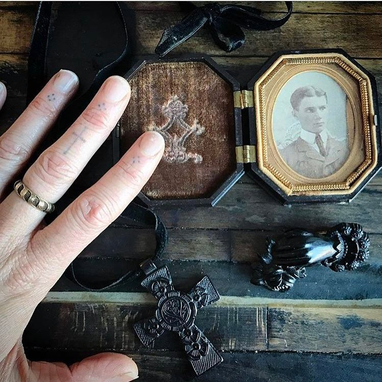 """440 Likes, 8 Comments - RITU△LCR△▽T denver+online (@ritualcravt) on Instagram: """"SUNDAY FEB 5th! (date changed due to schedule conflict) Victoriana: A Victorian Mourning Trunk…"""""""