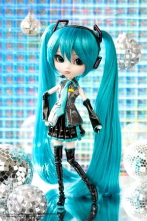 Hatsune Miku | Vocaloid | Hatsune miku doll, Fashion dolls y