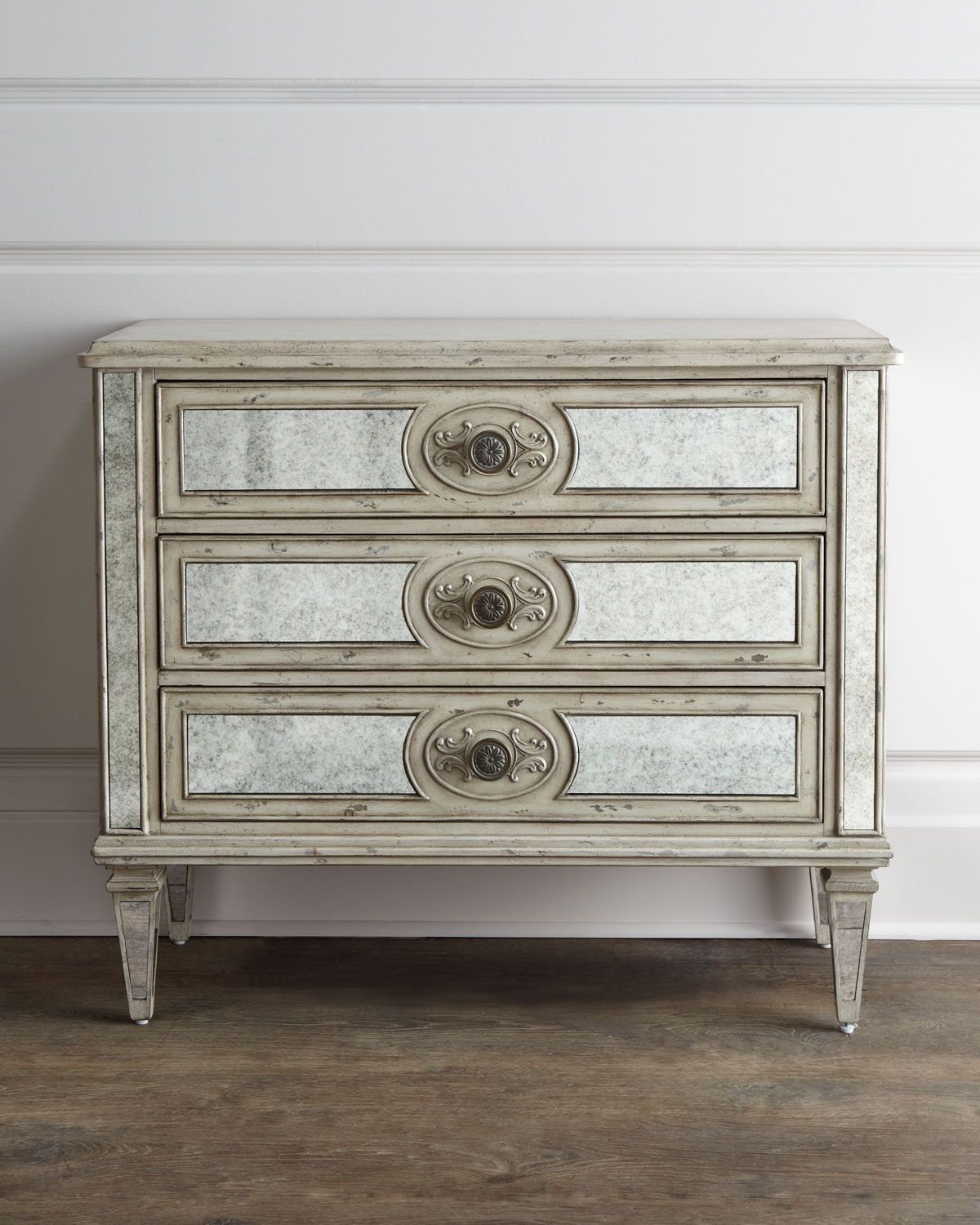 antiqued mirrored chest p 363ml