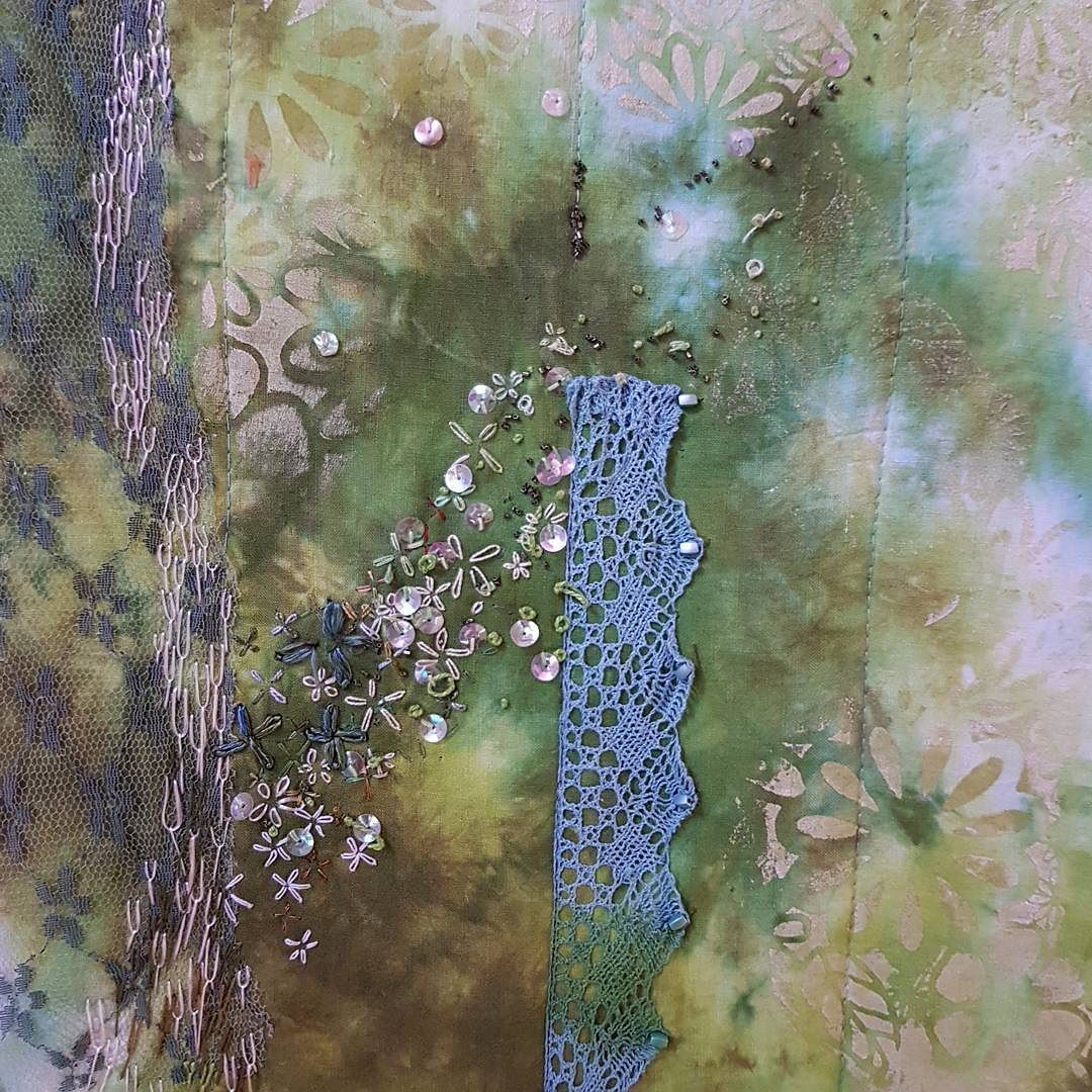 Broderie reflets transparences  #arttextile #broderies #textile inutile