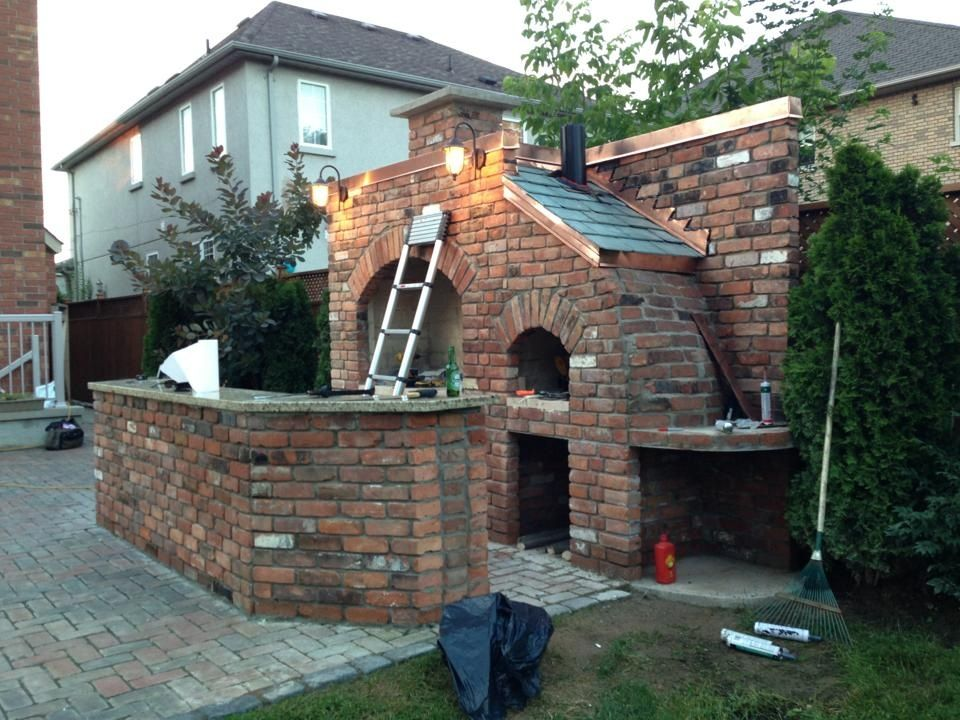 Outdoor Brick Bbq And Pizza Oven