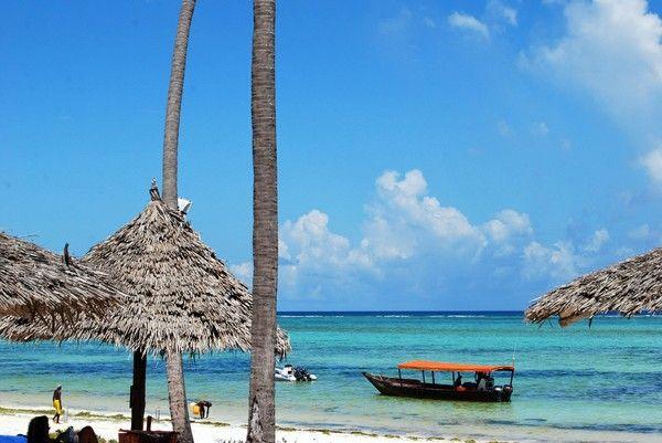 Echo Beach, Zanzibar. Take me back