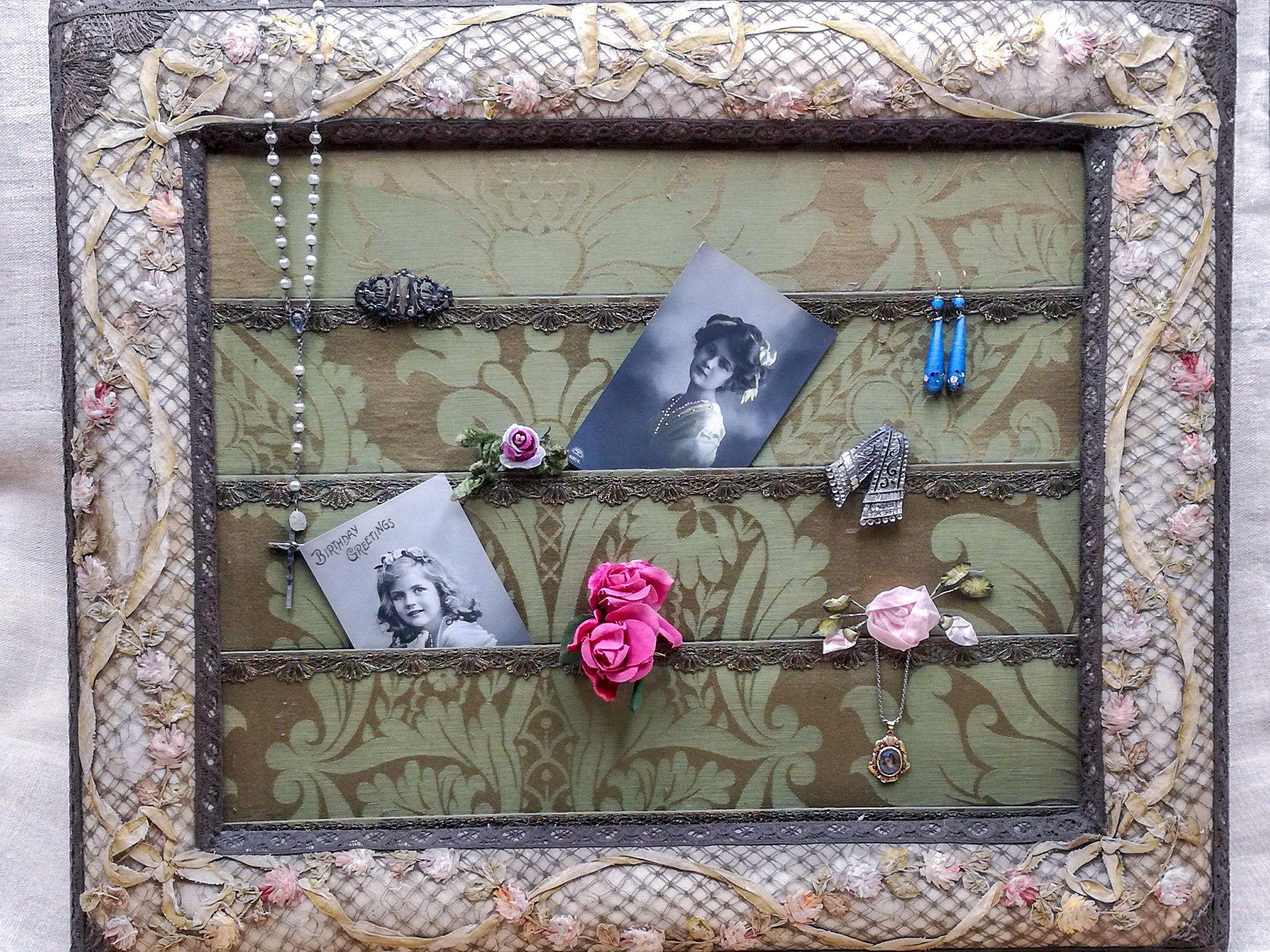 Cornice antica Francese da boudoir, ricamo RIBBONWORK ROSE