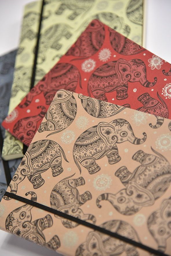 Tempo di vacanza, di viaggi e di…elefanti.  Con la linea di Cartotecnica Notebook-Mark in #CrushFavini, vi sembrerà di essere tra l'India e la Thailandia. Terre in cui gli elefanti sono considerati animali sacri e di buon auspicio.  Cosa aspettate a vivere anche voi la vostra avventura asiatica? http://shop.favini.com/it/prod_det.php?cid=1_3&pid=75