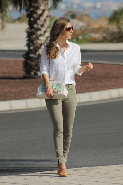 aa241a665de Style Inspiration  Business Casual - Khaki pants + Nawa clutch ...