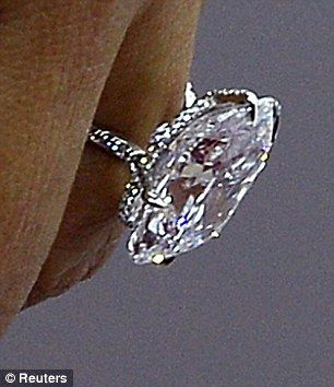 Kim Kardashian Flashes Dazzling Diamond Ring | Kanye West, Kardashian And  Bling