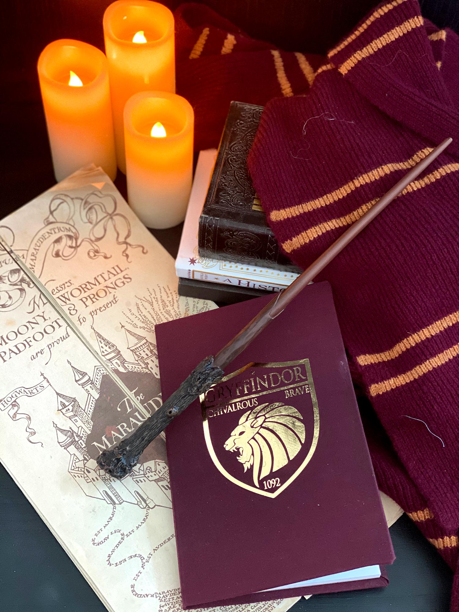 Diy Gryffindor Notebook Harry Potter Aesthetic Gryffindor Harry Potter Images