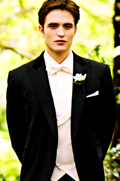 If that's waiting for me at the end of the aisle, there will never be a bad day in my life.. <3