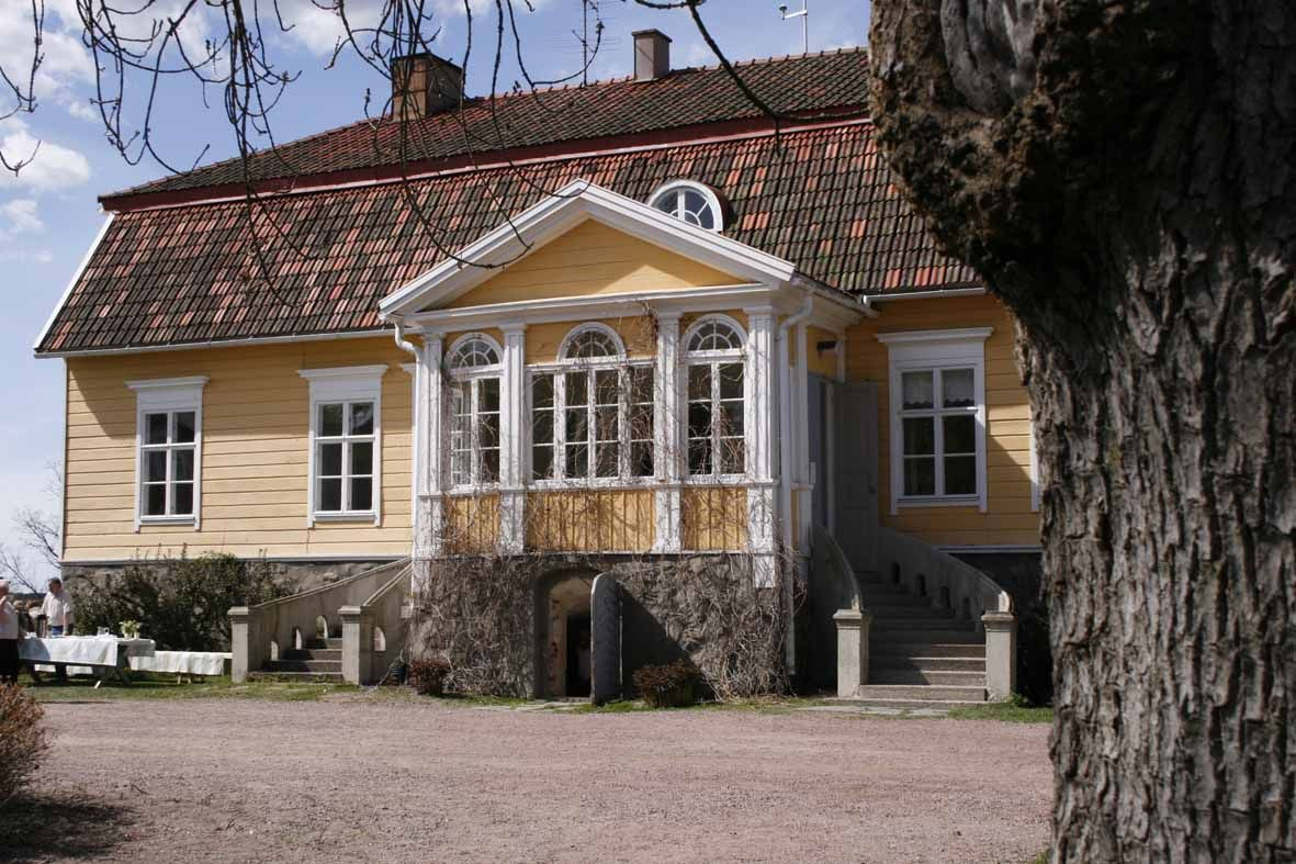 Saari manor in Finland, from 1800's
