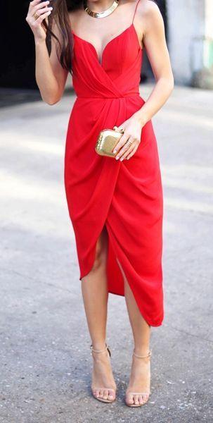 95f593792 Vestidos rojos que nunca fallan en ocasiones especiales.
