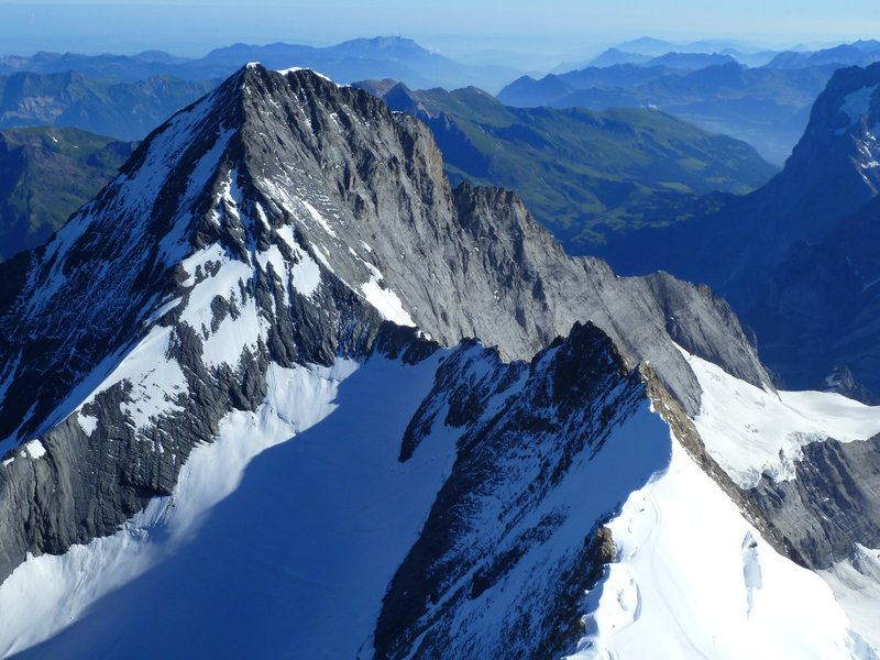 An arête is a thin, almost knife-like, ridge of rock which ...