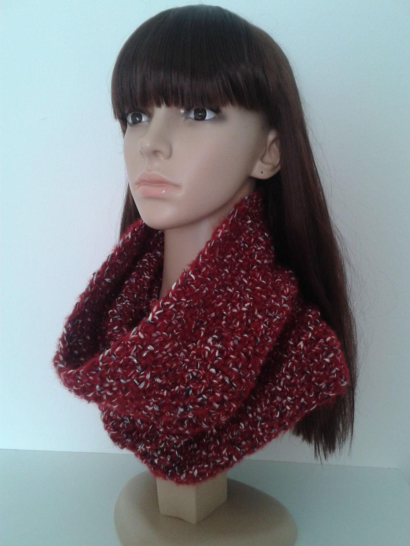 Echarpe-tube, snood femme, écharpe rouge, laine mélangée au tricot  fait-main, accessoires Automne-Hiver, idée cadeau Noël.   Echarpe, foulard,  cravate par ... fa29dc99229