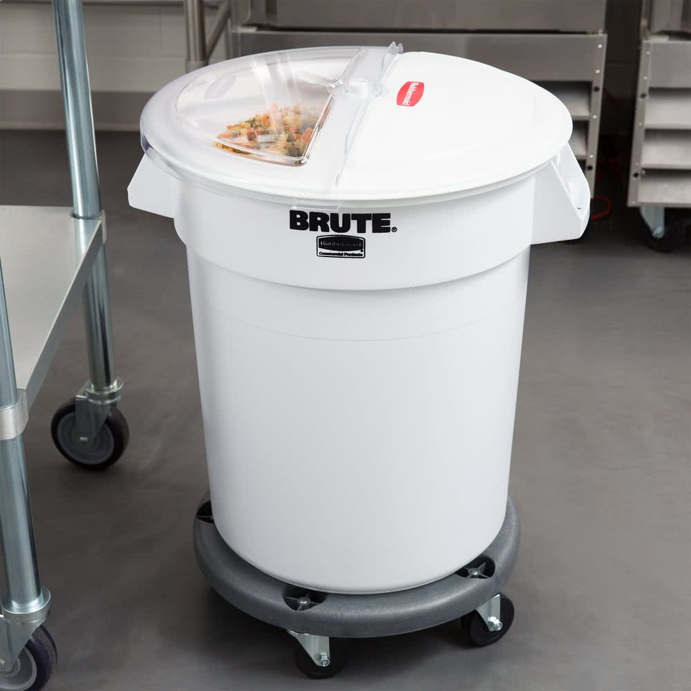 Rubbermaid Brute 20 Gallon 320 Cup White Ingredient Storage Bin And Dolly Kit With Sliding Lid Scoop Storage Bins Flour Storage Storage