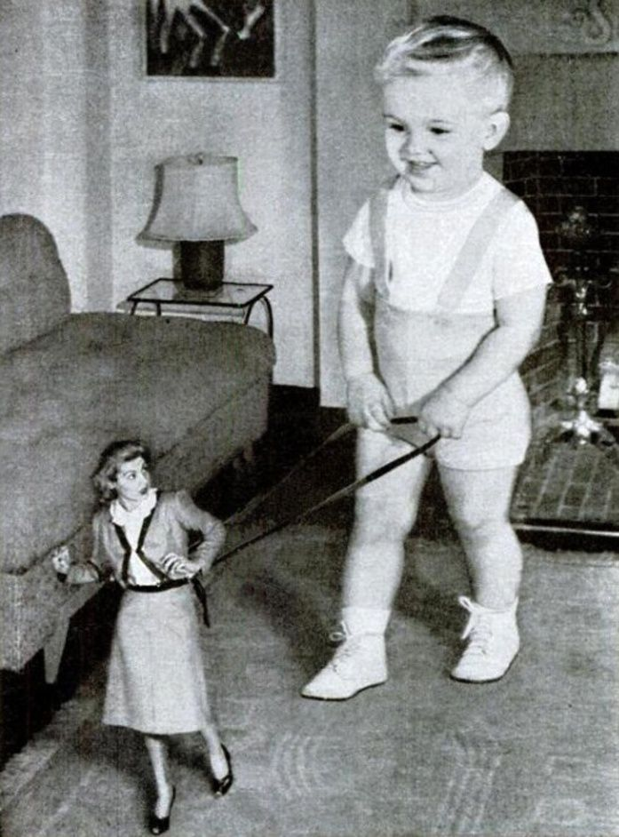 Johnson's Baby Oil Powder Whoa, Mom!, Vintage Ad, 1947.