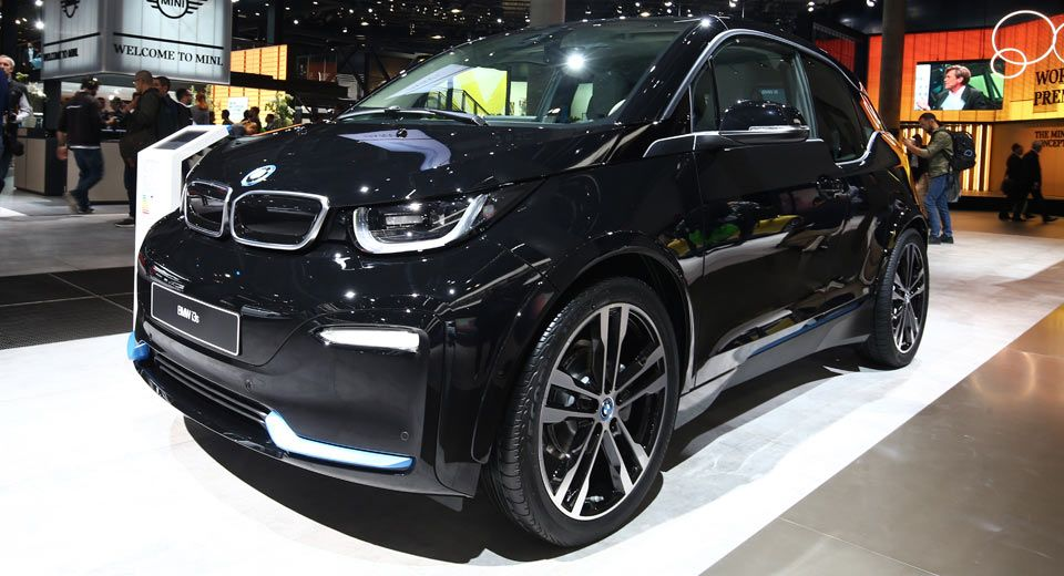 Bmw I3s Flashes Its Minuscule Upgrades Carscoops Bmw I3 Bmw City Car