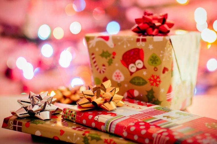 Envolver regalos de forma original -Navidad Navideña Pinterest