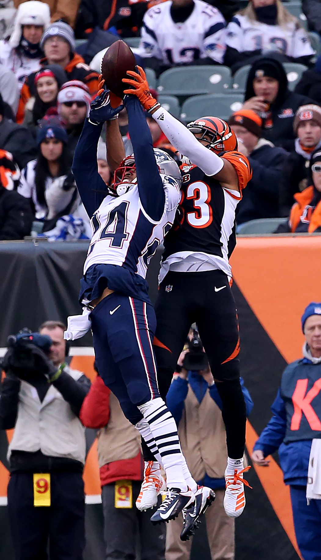 Patriots Cb Stephon Gilmore Running Away With Defensive In 2020 Patriots New England Patriots Running