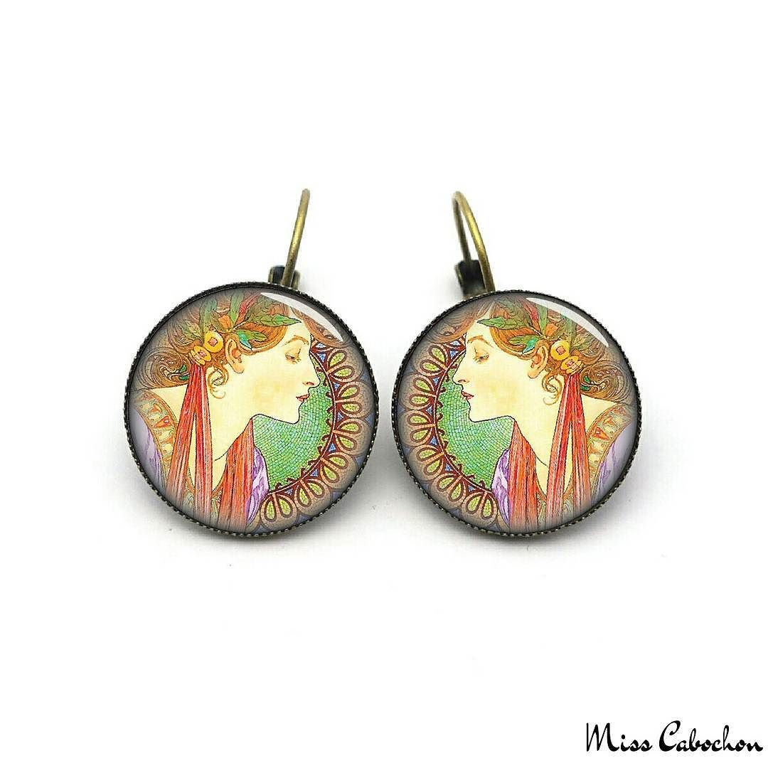 Art nouveau style earrings - Laurel - Alfons Mucha - The jewelry of the day by Miss Cabochon (available at http://misscabochon.com)