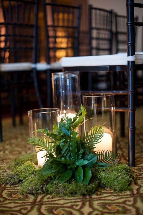 Hochzeit Gang Dekor mit Moos, Farnen, Laub und Kerzen, die Sie nicht mehr brauchen für …   – The Big Day