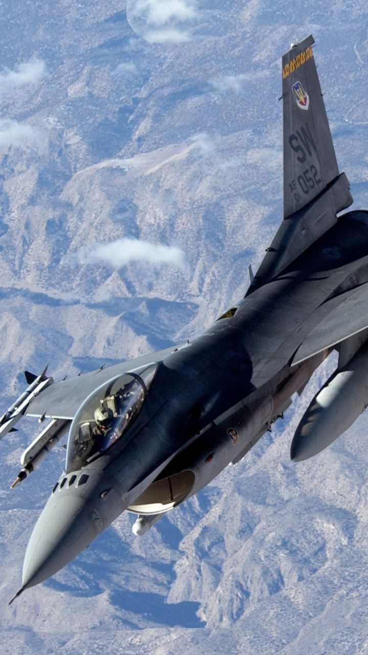 Download This Wallpaper 720x1280 Military General Dynamics F 16 Fighting Falcon 720x1280 For All Your Phones A Aircraft Military Aircraft Jet Fighter Pilot