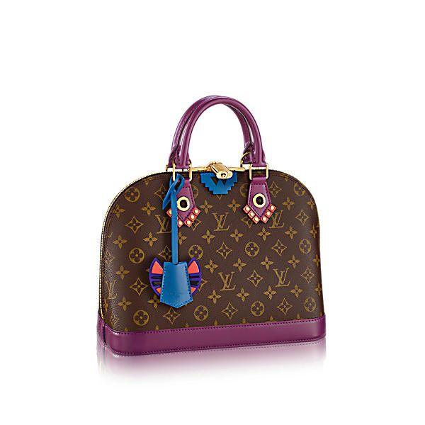 b44d746c35e0 LOUIS VUITTON Alma Pm.  louisvuitton  bags  leather  lining  canvas   metallic
