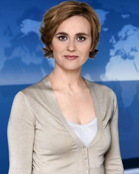 Caren Miosga Verrät Das Geheimnis Ihrer Augenbrauen Frisuren