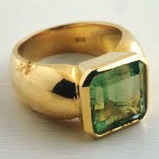 emerald ring - Cerca con Google
