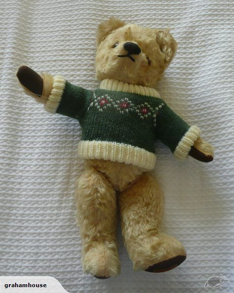Antique Teddy Bear from the 1940's-1950's.When we bought it 20 years ago the label on the left foot said Made in England by Chad Valley but although the pad is ...