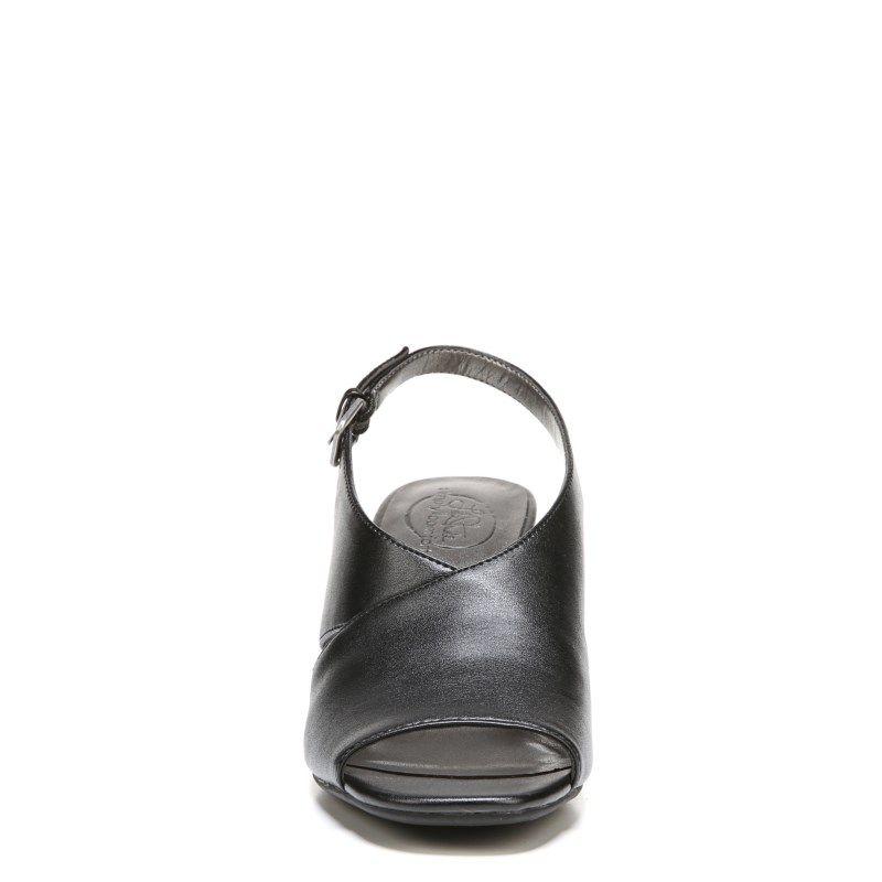 593351c1e94 Lifestride Women s Fizz Medium Wide Wedge Sandals (Black)