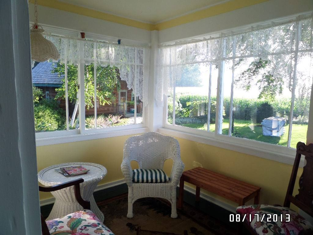 Another area of the porch that goes with The Garden Suite