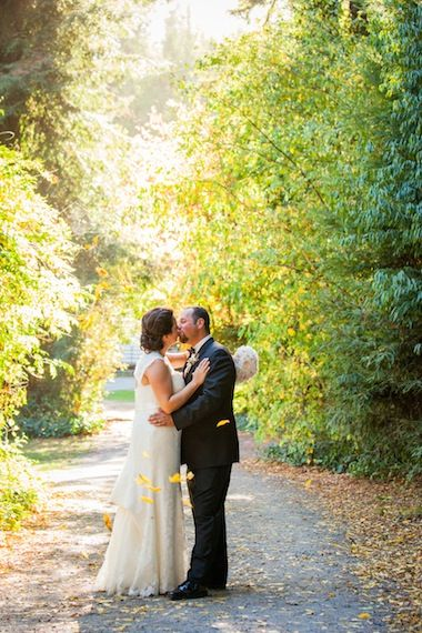 @Deea Hobbs Wedding Day features wedding shot by @Nathalie Cormier-Allen Valik