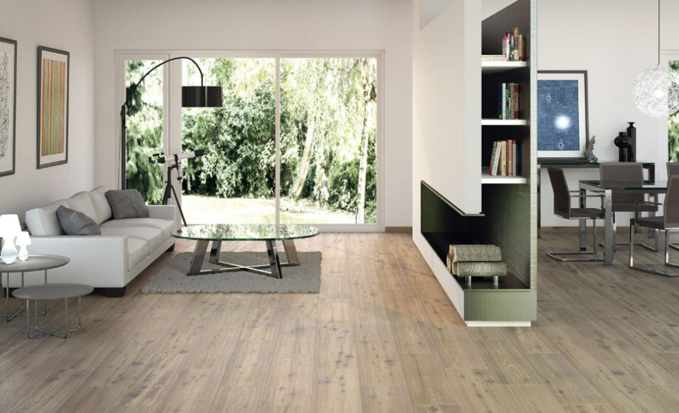 Treppe -Fliesen in Holzoptik u weiße Fließen matt Home Pinterest - moderne fliesen wohnzimmer