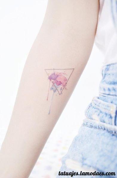 Tatuajes De Triangulos Diseños Y Significado Entretenimiento