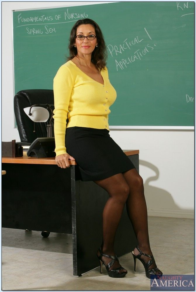 Czech Gold porn milf teacher