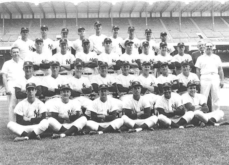 Gehrig Lazzeri Koenig Dugan Autographed Repro Photo 8X10 New York Yankees 1927